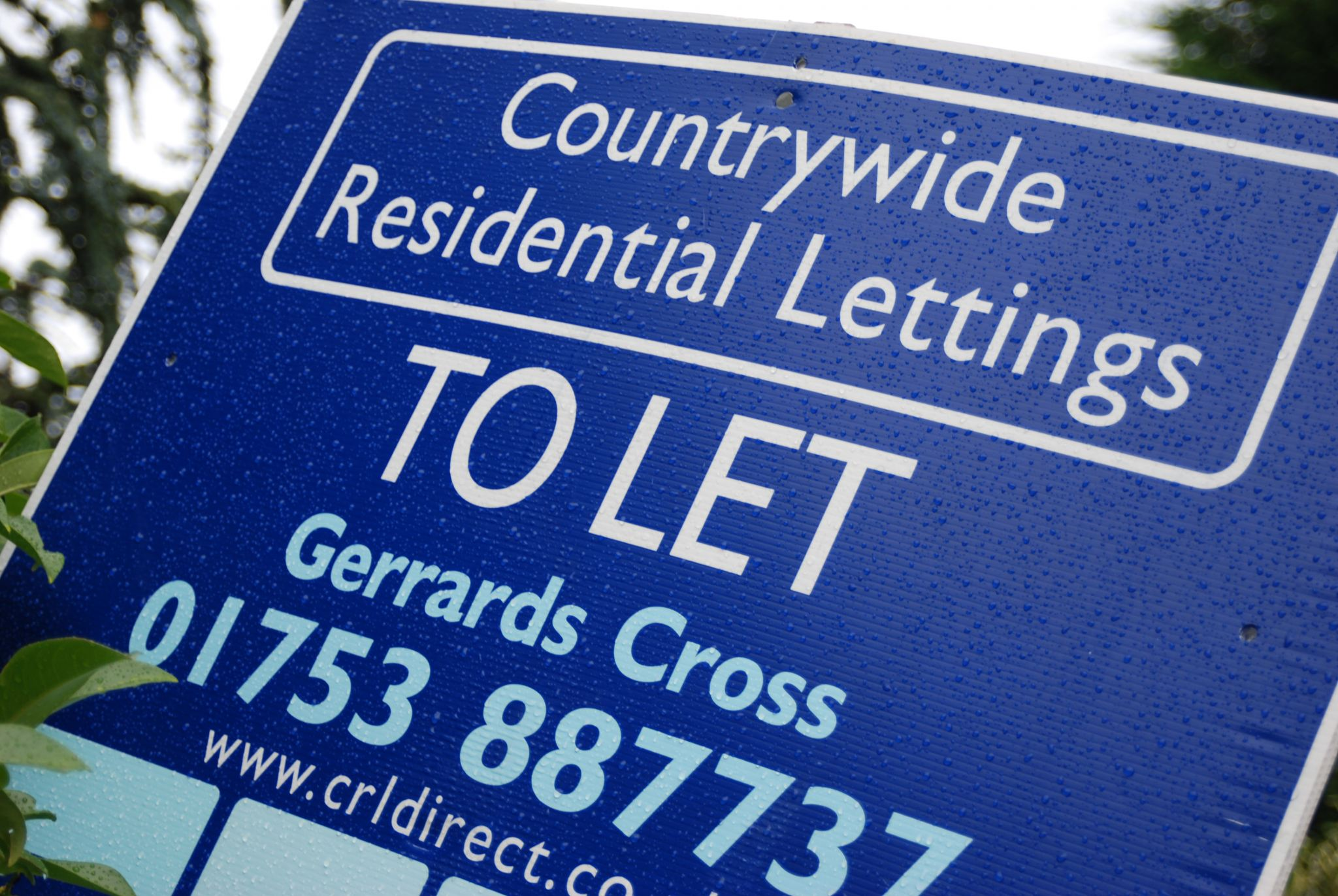 buy-to-let investors to lose tax relief
